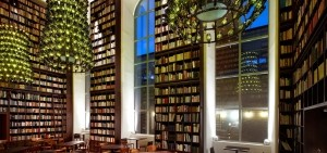 B2-Boutique-Hotel_Wine-Library_02